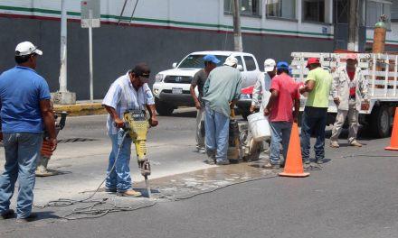Obras Públicas Municipales, Refuerza Trabajos en la Ciudad