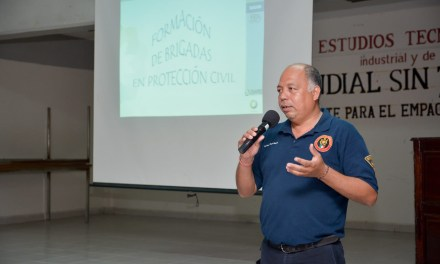 Conforman Unidades Internas de Protección Civil en Escuelas de Tuxpan