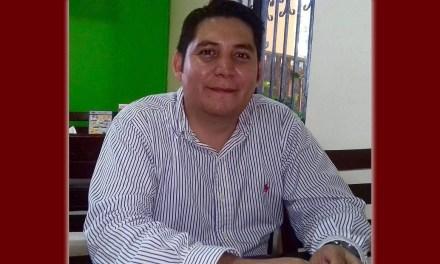 LIC. LUIS MONCADA: PROFESIONISTA DECIDIDO A TRANSFORMAR LA VIDA DE LOS TUXPEÑOS
