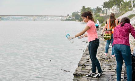 """Ayuntamiento de Tuxpan, APITUX Y SEMAR  preparan """"Reciclatón 2016"""""""