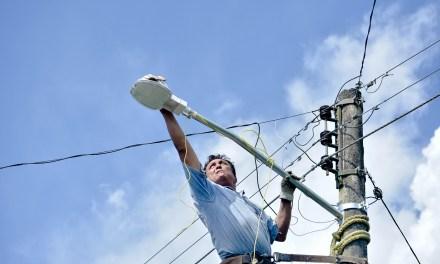 Ayuntamiento de Tuxpan y SUTERM 55  Abaten el Rezago de Luminarias