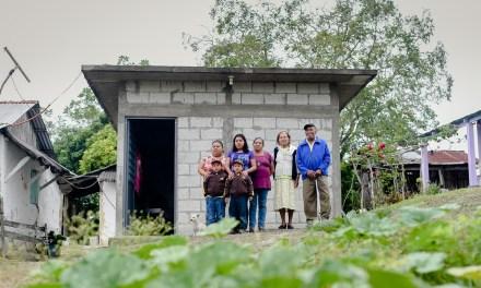 Entrega RRD Cuartos Dormitorio en Zapotalillo y Boca del Monte