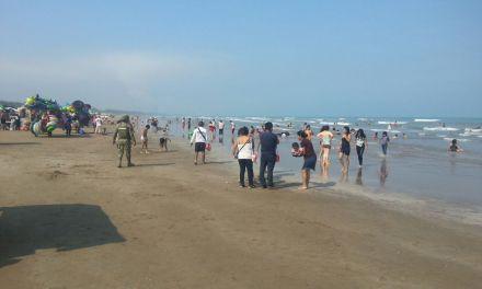 Turistas exigen servicios basicos en playas de Tuxpan