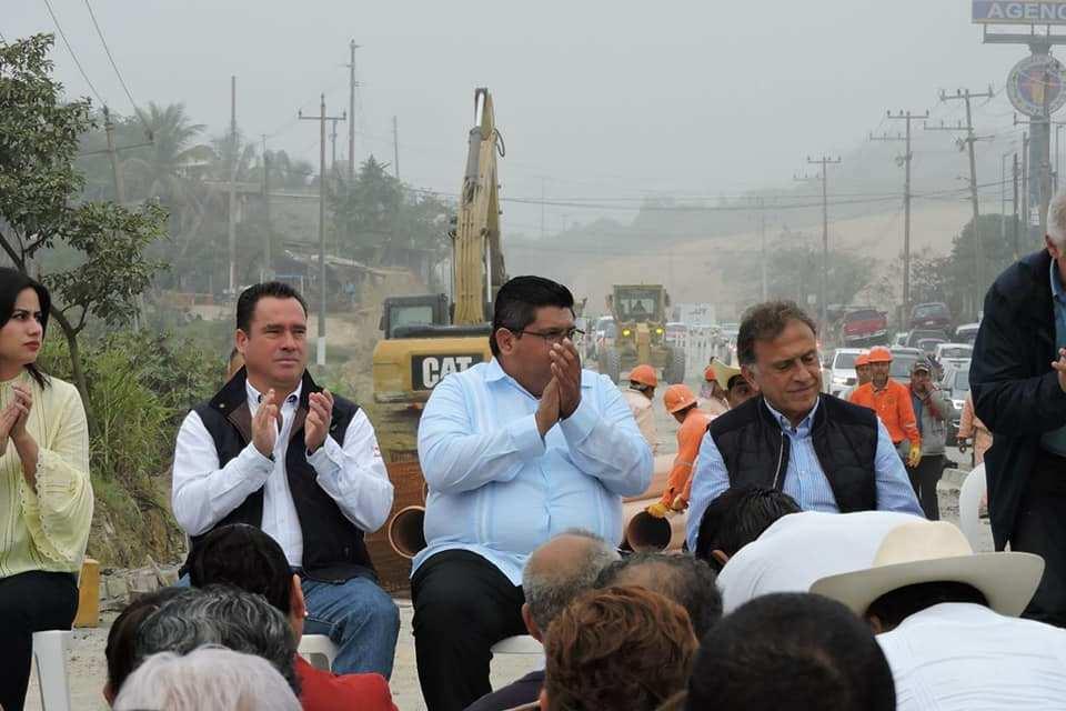 Casi concluido el Libramiento de Tuxpan: Arturo Esquitin