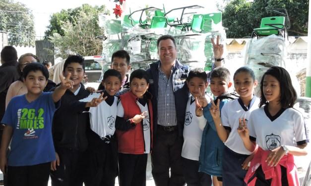 Gestiona el Diputado Arturo Esquitín 30 Millones de pesos para educación