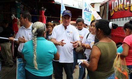 Propone Arturo Esquitín más recurso para programas sociales