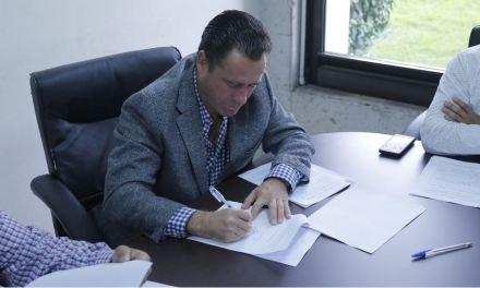 Arturo Esquitín continúa su labor legislativa a favor de los veracruzanos