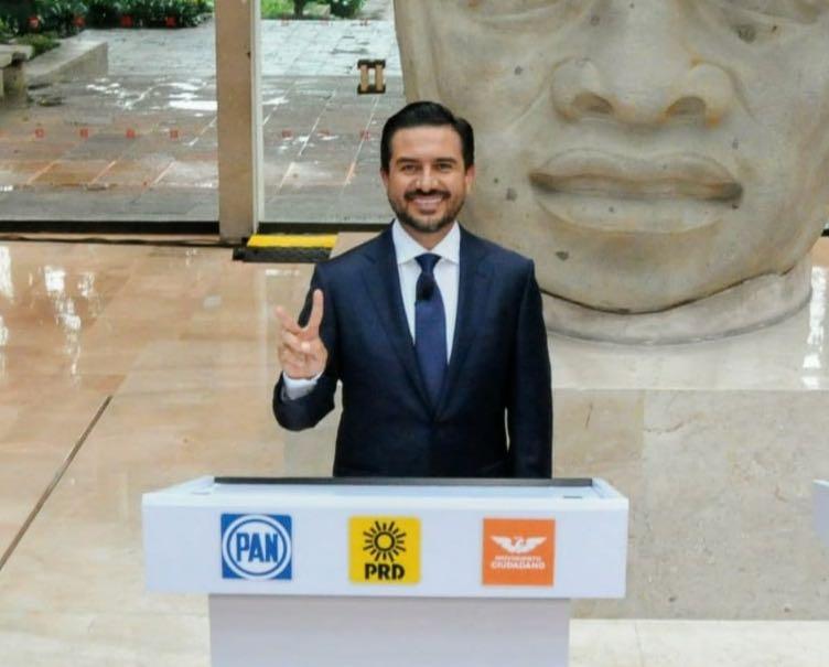 Miguel Ángel Yunes Márquez demuestra experiencia y resultados en el segundo y último debate del OPLE