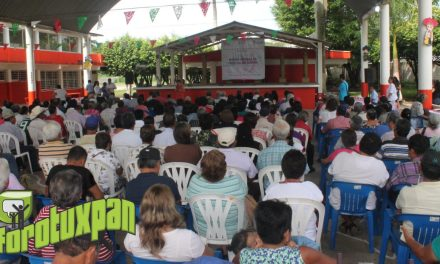 DIF Municipal Hace Magna Entrega de Tarjetas de INAPAM