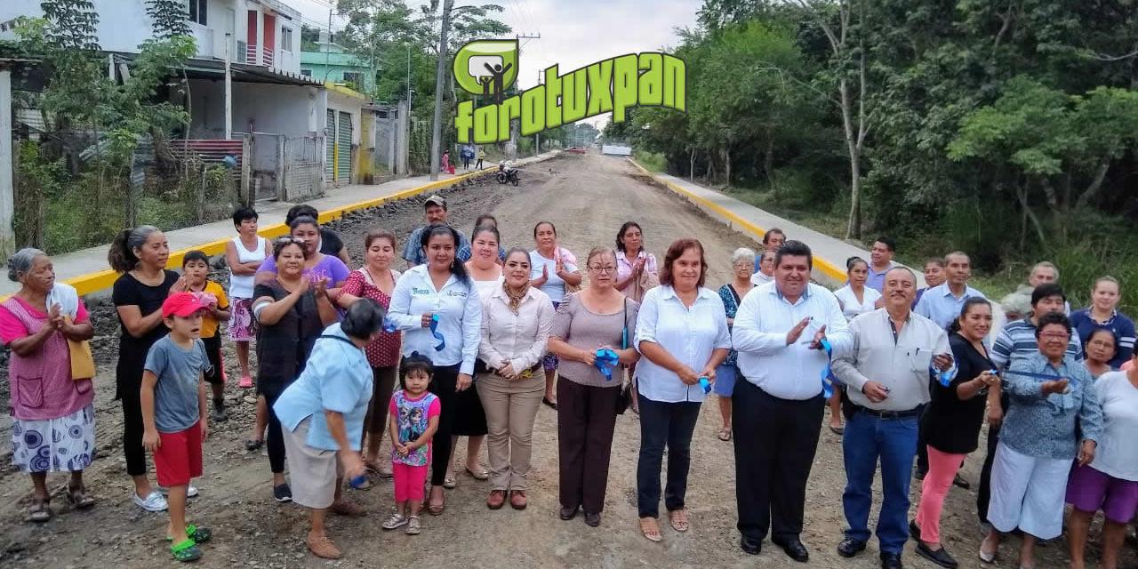 Toño Aguilar fortalece infraestructura urbana de la colonia las Granjas