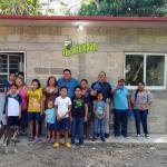 Cinco familias recibieron sus cuartos dormitorios