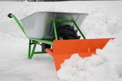 Die Bravo Schubkarre mit optionalem Schneeschild