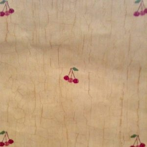 Vintage Wallpaper Cherries Kitchen Red Green Beige Crackle 250-69293 D/Rs