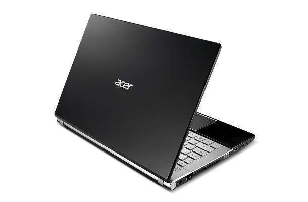 Acer Aspire V3 - Back