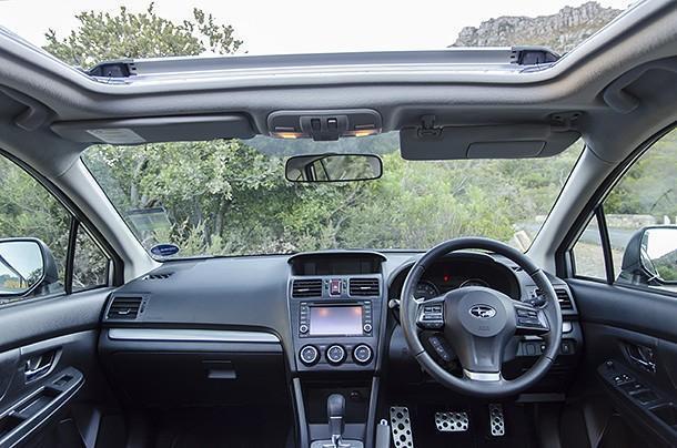 Subaru XV 2.0 CVT  interior