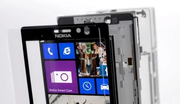 Nokia Lumia 925 - Internals