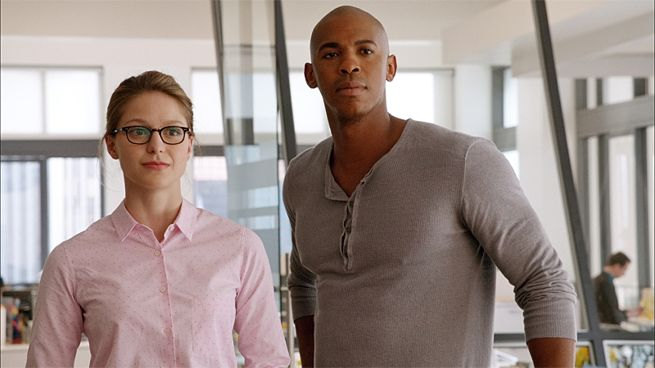 supergirl-and-jimmy