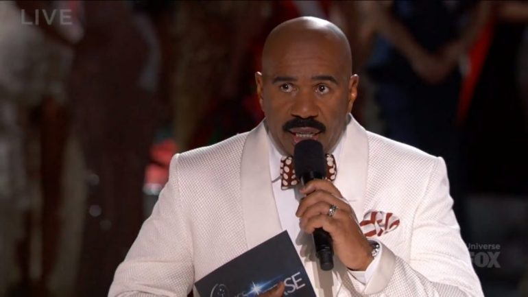 steve harvey embarrased