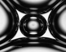 Soap bubbles under the microscope