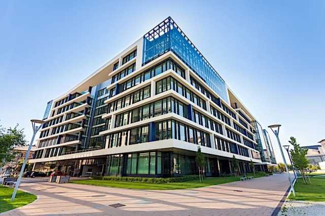 how to get into commercial real estate
