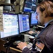 20070917_fed_rates_nyse_trader_18.jpg