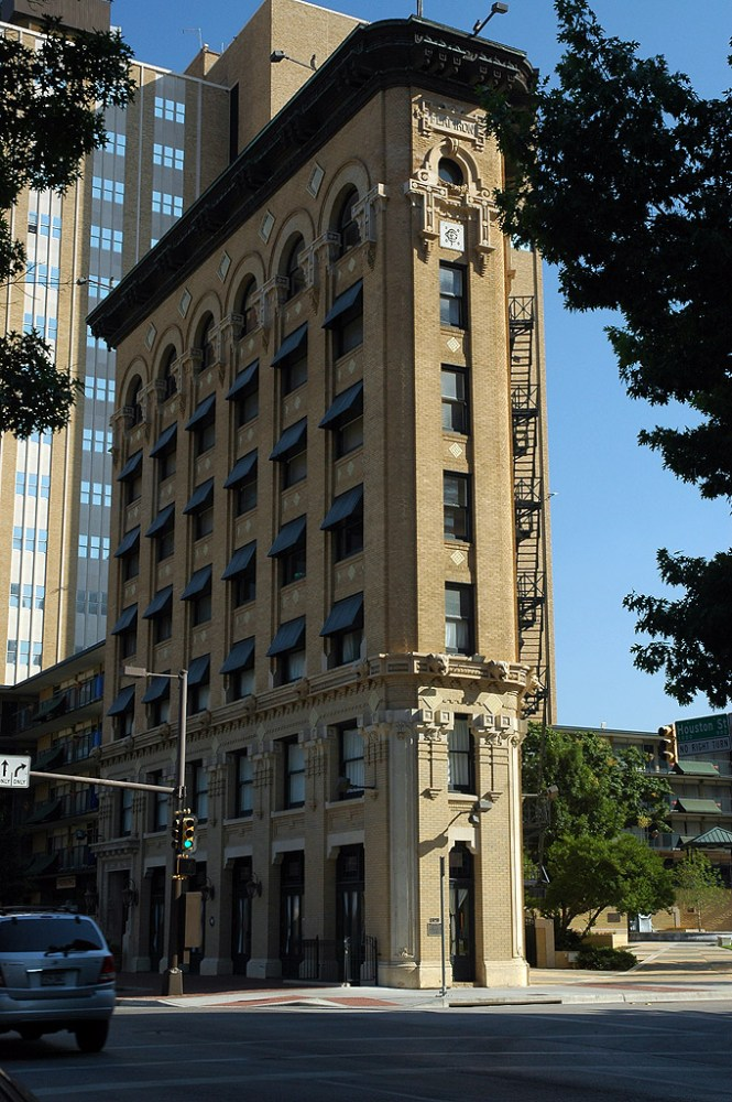 Flatiron Building From 9th Houston