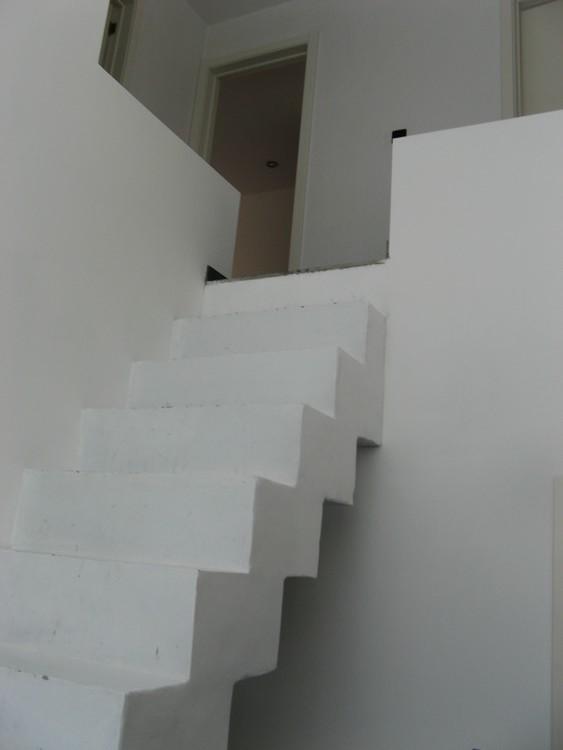 Problme maison escalier en bton dont les 13 marches pas mme hauteur ni la mme profondeur