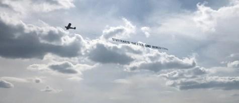 Stuttgarts Theater gehen in die Luft!