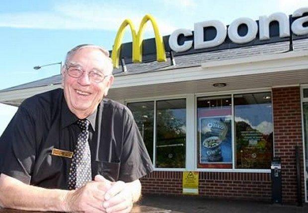 05-worlds-oldest-mcdonalds-employee