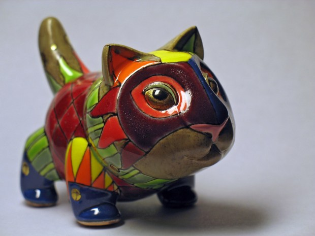 porcelain-and-ceramic-painted-cats-02