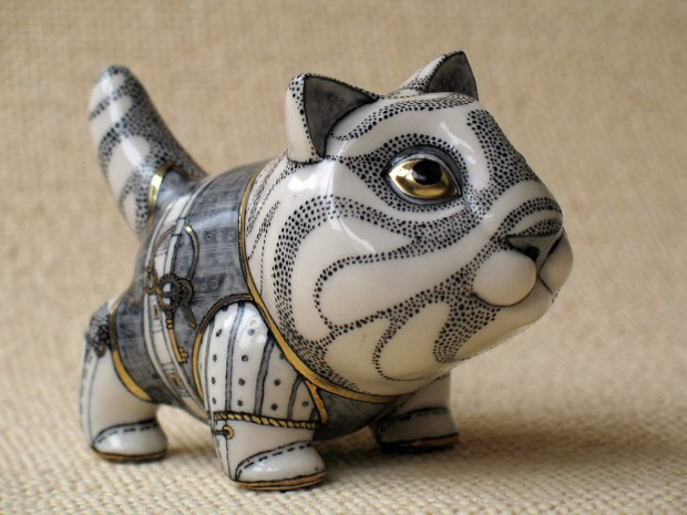 porcelain-and-ceramic-painted-cats-06