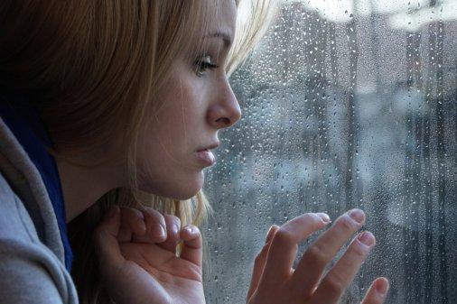De intense pijn van liefdesverdriet