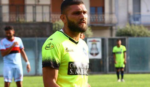 L'attaccante Vincenzo Liccardi,classe 1989, è un nuovo calciatore del Sorrento. La punta ha vestito la maglia della Nocerina nella stagione 2017/2018 con cui ha collezionato 6 presenze.