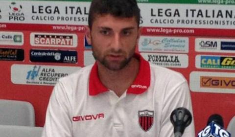 La Cavese ha ufficializzato il tesseramento di Ciro De Franco. Il centrale napoletano, classe 1988, ha indossato la maglia della Nocerina per quattro stagioni, dalla 2010/2011 alla 2013/2014 collezionando complessivamente […]