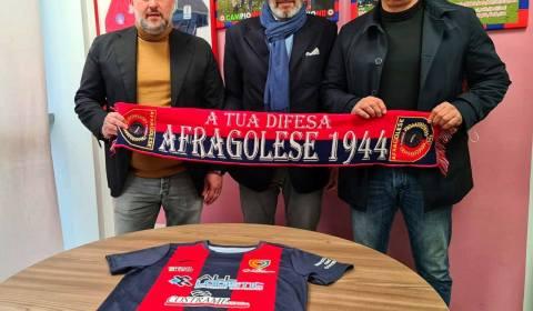 L'Afragolese 1944, comunica di aver sollevato Gaetano Romano e Giovanni Masecchia, rispettivamente dagli incarichi di Direttore Sportivo ed Allenatore della prima squadra. Protagonisti della cavalcata, che ha visto la squadra […]