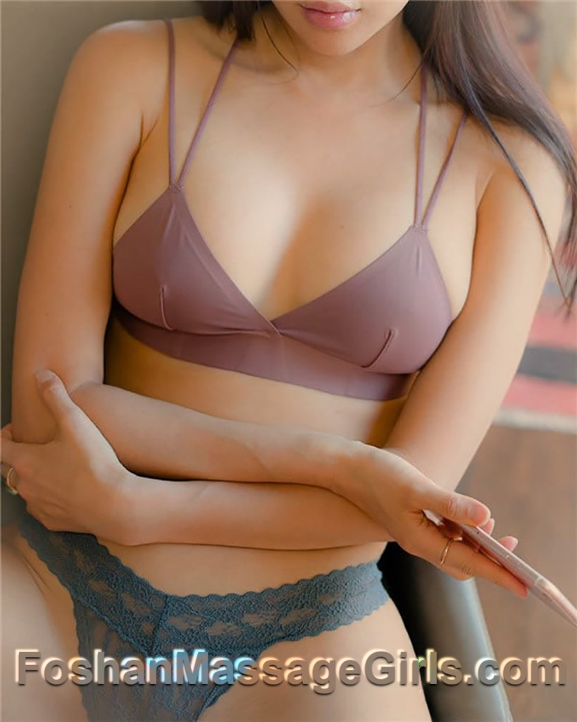 Foshan Massage Girl - Mary