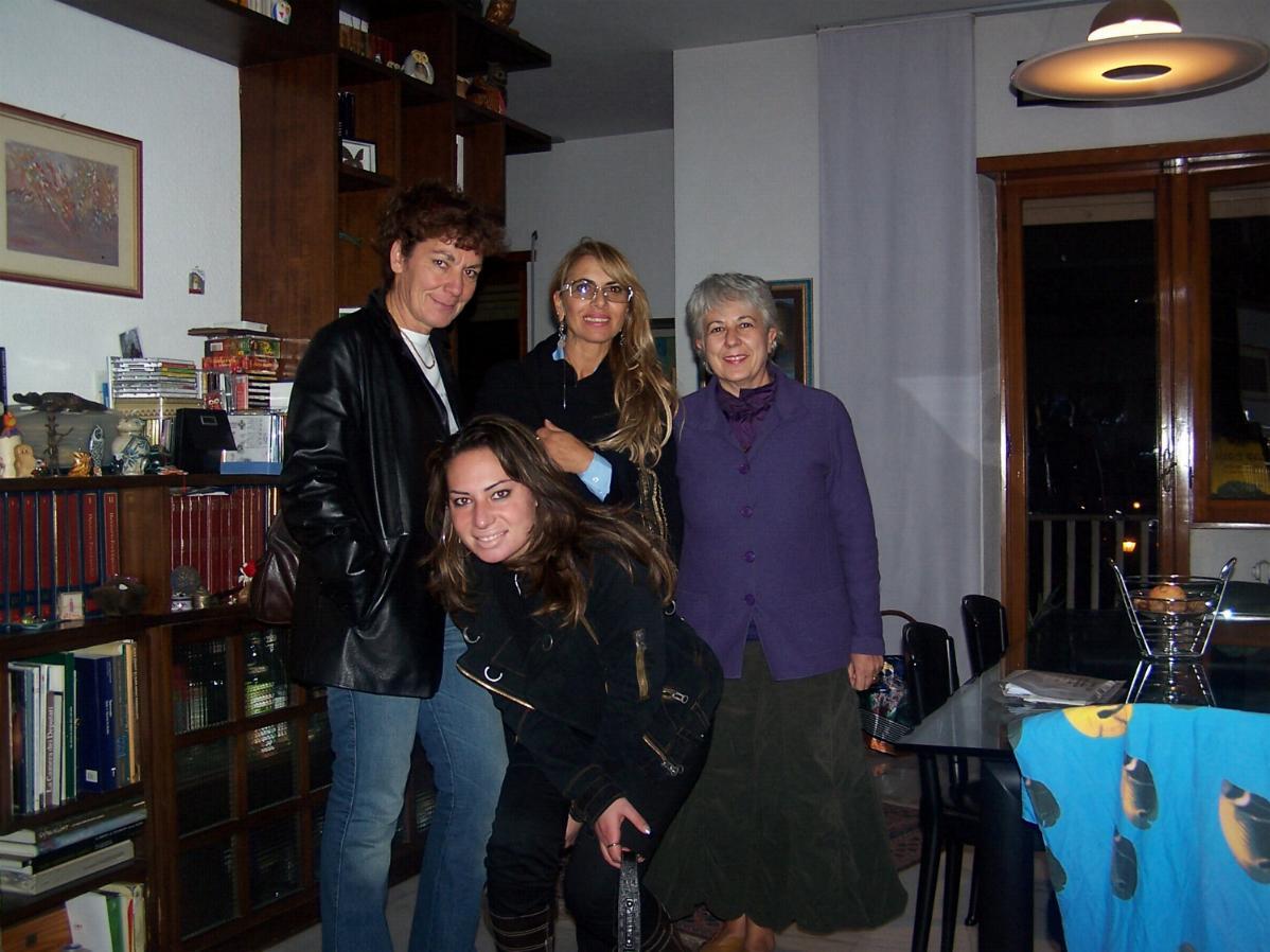 Alessandra Carmela e Mimma con una amica a Roma
