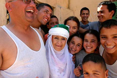 Return to Algeria 2004 © Marc Garanger