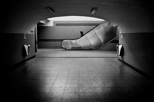 © Ross Domoney
