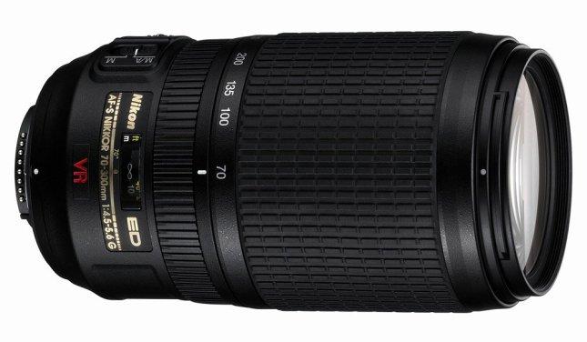 70-300mm的鏡頭擁有300mm的遠攝端。