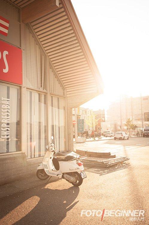 逆光可以拍出暖色的效果。 Nikon D700・f/5.6・1/100s・ISO200