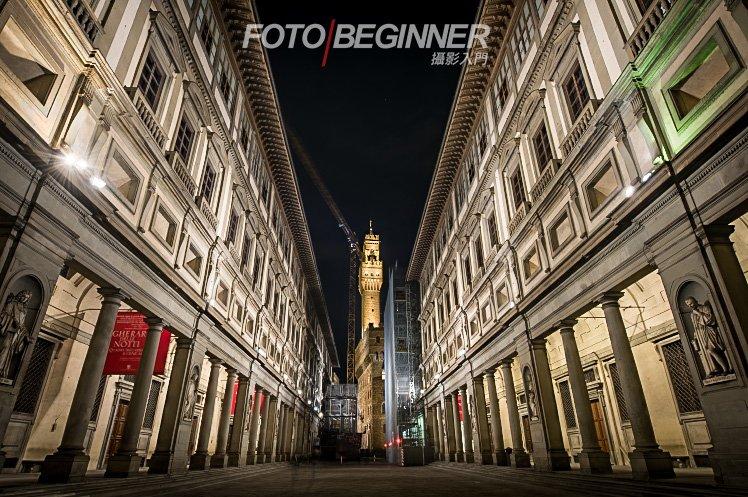 在夜間拍攝你可以使用慢快門和低ISO來拍出高質素的相片。