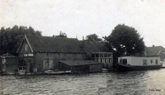 Kroegie voor hengelaars Kees van Harskamp.