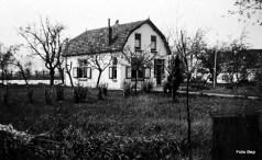 Klaproos Renteniers woning Later bewoond door J Windhorst en Wijsman.