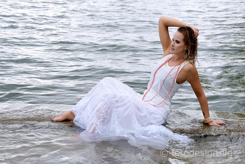 Fotoshooting am See  im auf und am Wasser  Jasmin Ilg