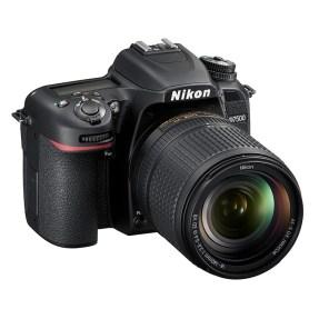Nikon D7500 + AF-S 18-140mm VR-4728