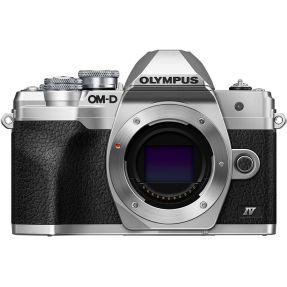 OLYMPUS OMD E-M10 MARK IV ZILVER + 14-150MM F4.0-5.6 Zwart