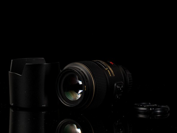 AF-S Micro Nikkor 105mm 1:2.8 G ED VR N / 62mm