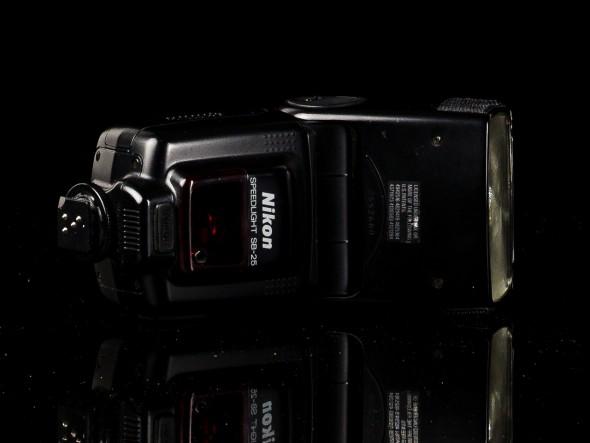 Nikon SB-25 Blitz