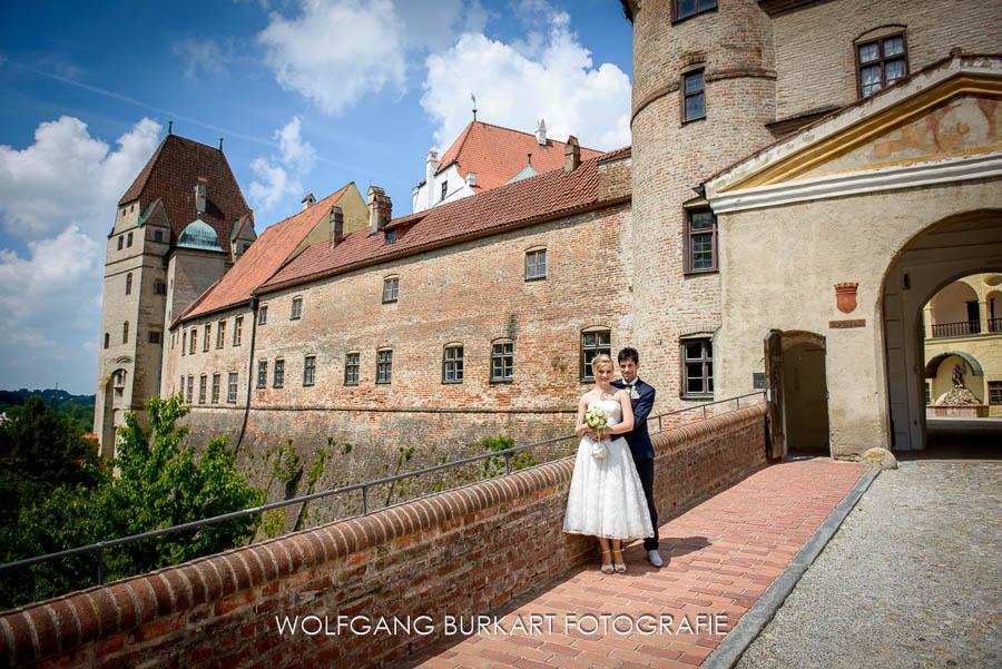 BrautpaarShooting auf Burg Trausnitz in Landshut und